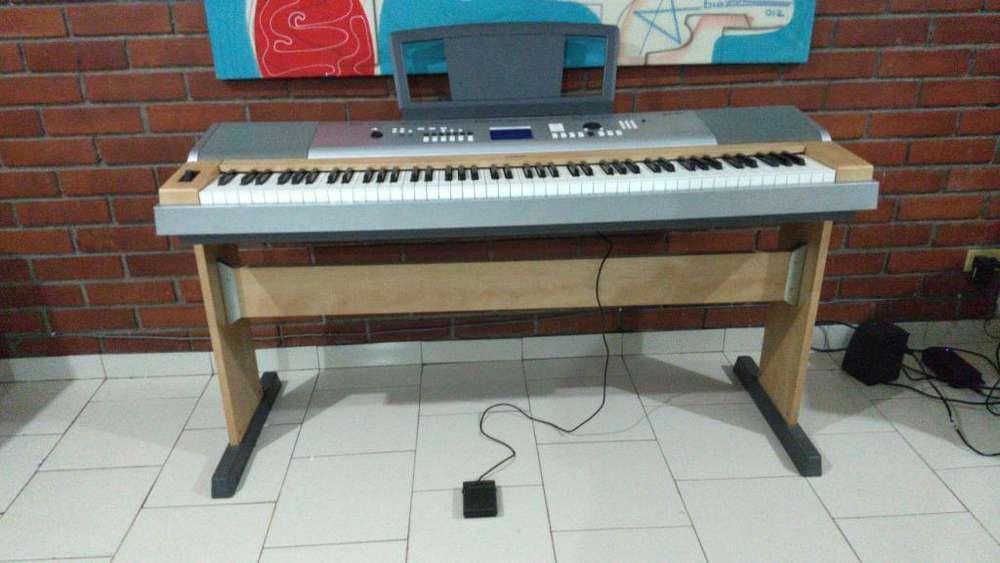 Espectacular Piano Yamaha Dgx 630 Ydp.