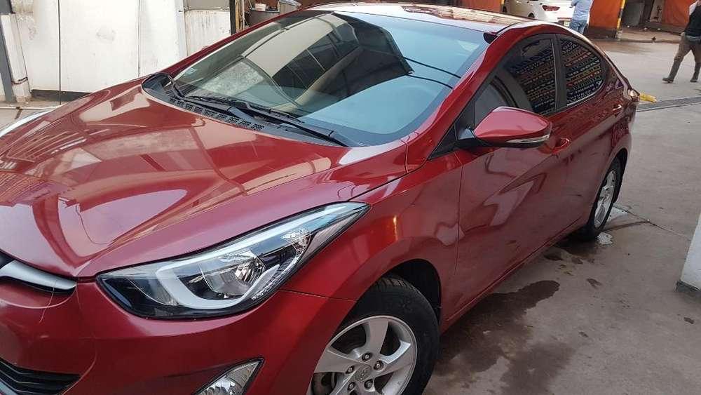 Hyundai Elantra 2016 - 42000 km