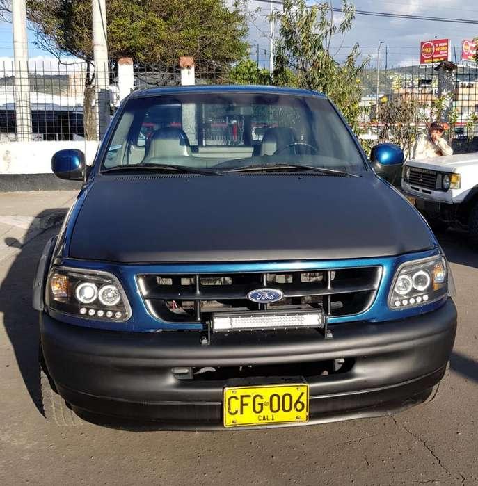 Ford F-150 1998 - 195000 km