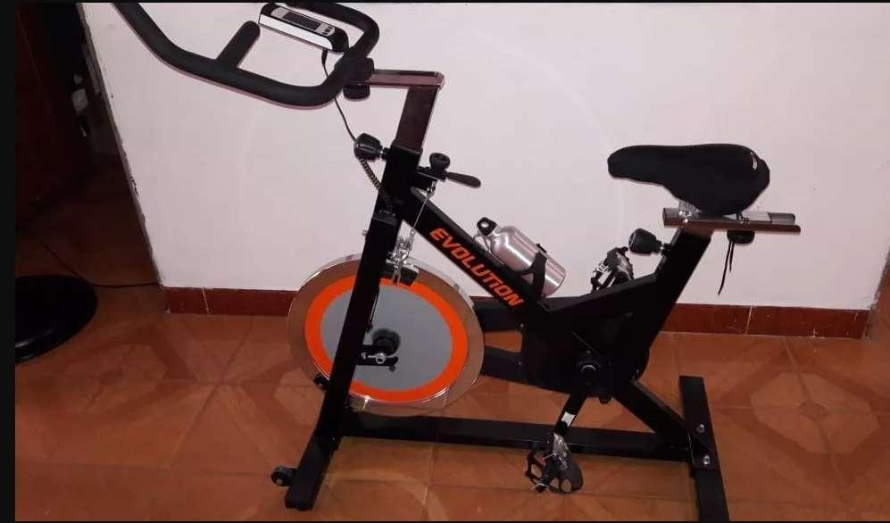 BIcicleta estática evo-elite