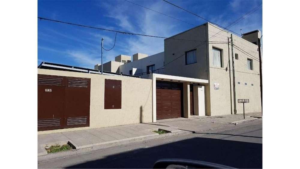 Dante 1300 - UD 120.000 - Casa en Venta