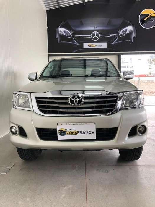 Toyota Hilux 2014 - 29100 km