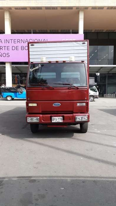 Ford Cargo 2005