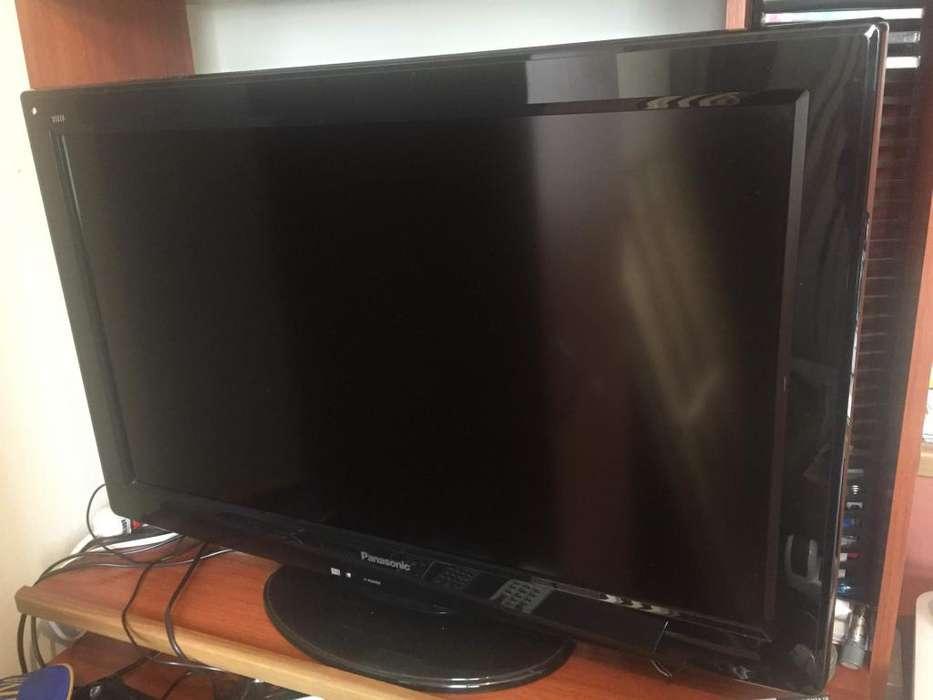 Televisor LCD <strong>panasonic</strong> de 32'' en buen estado