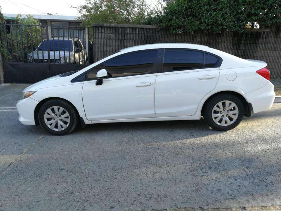 Honda Civic 2012 - 0 km