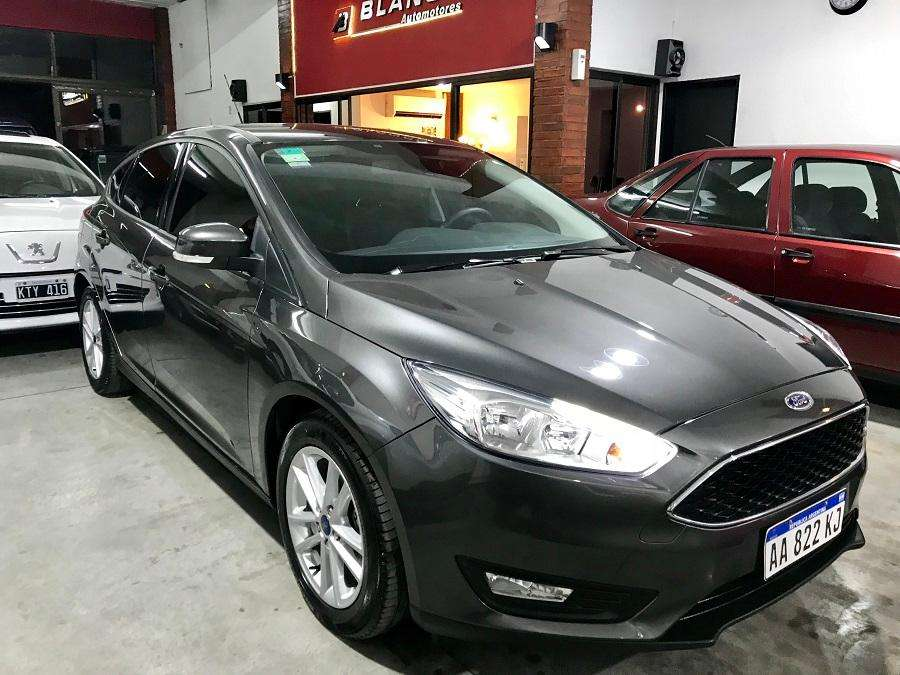 Ford Focus 2017 - 17000 km