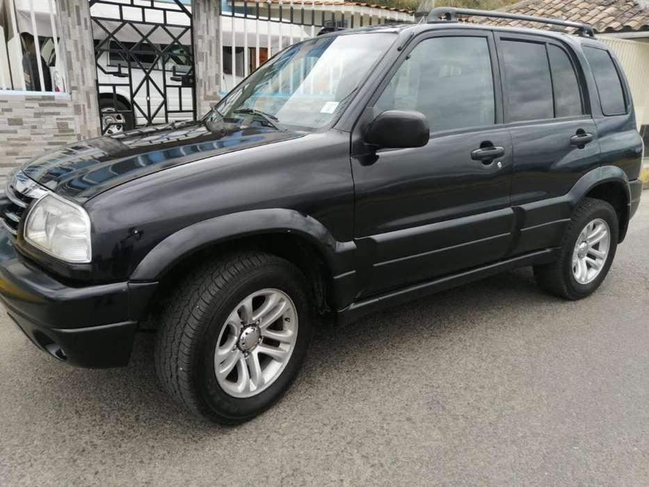 Chevrolet Grand Vitara 2013 - 102000 km