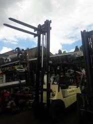 Autoelevador 2500kg