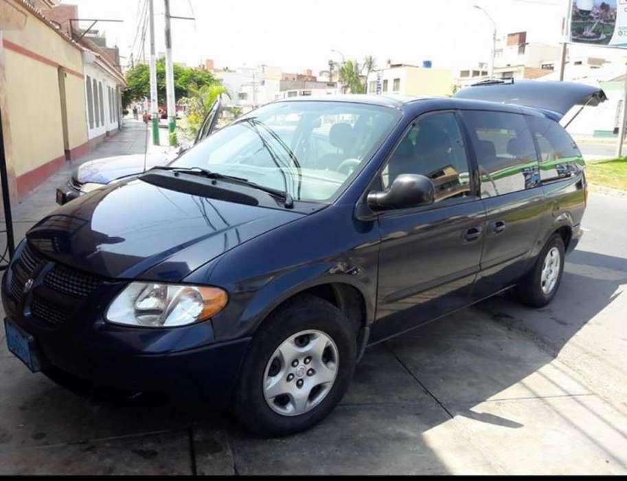 Dodge Grand Caravan 2003 - 160 km