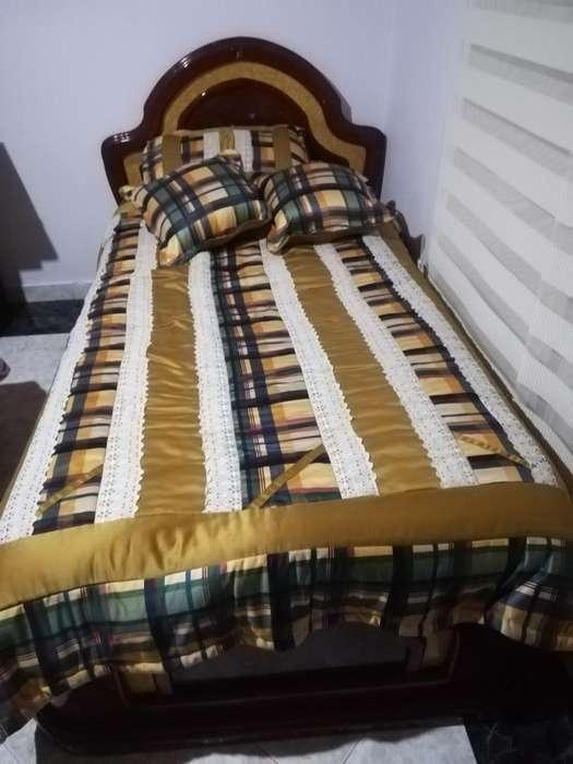 Vendo juego de cama sencilla