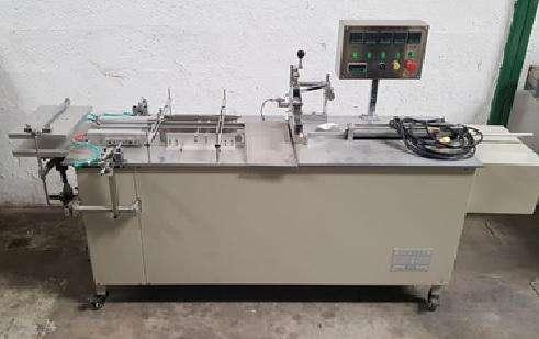 BTB-II SEMI-AUTOMATIC SHRINK WRAPPING MACHINE