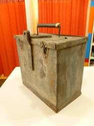 Caja De Metal Antigua, Tipo Militar,latón Y Bronce,p/canda