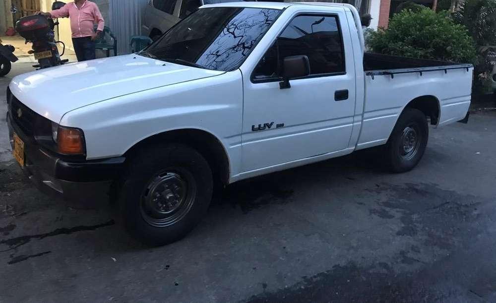 Chevrolet Luv 1996 - 200000 km