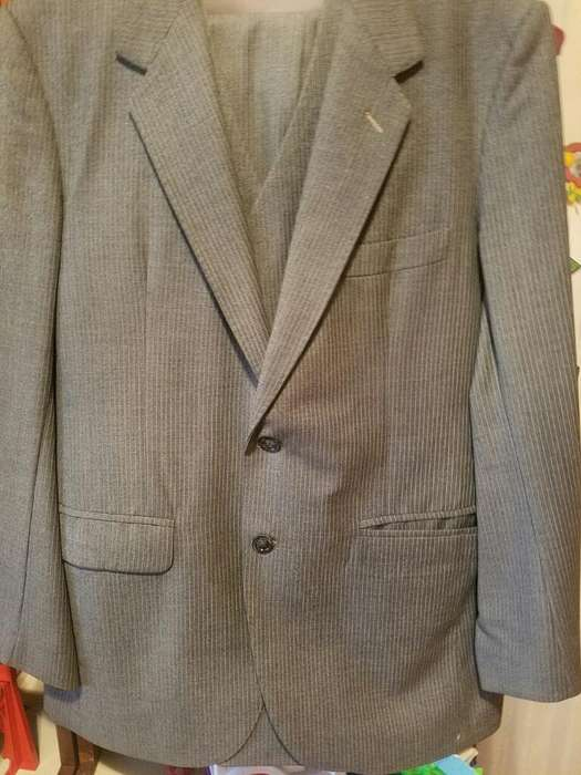 <strong>traje</strong> con Chaleco Philip Pascal 50