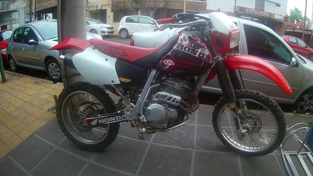Vendopermuto <strong>honda</strong> Xr250R 2000