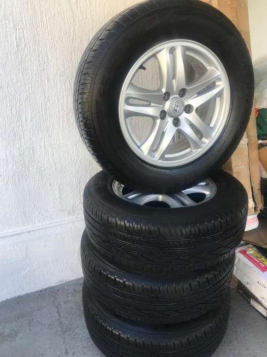 Aros Y <strong>llanta</strong>s Hyundai Santa Fe