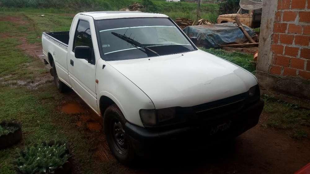 <strong>isuzu</strong> Pick-Up 1998 - 111111 km