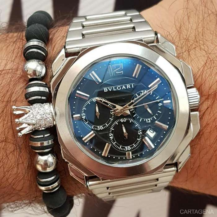 Reloj Bvlgari plateado fondo negro tres cronografos para caballero en venta