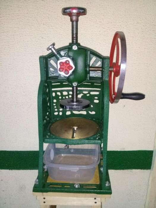 Maquina para Hacer Raspaos, Cholaos Etc