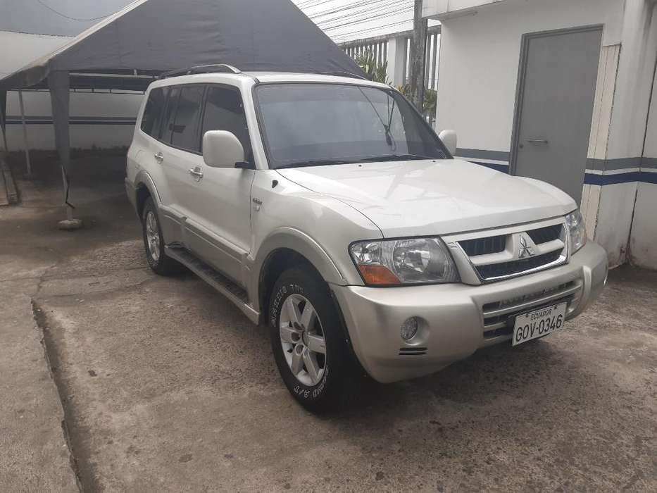 Mitsubishi Montero 2006 - 320000 km