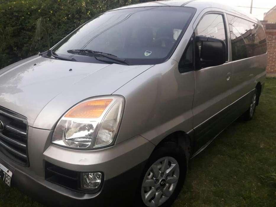 Hyundai H1 2006 - 225000 km
