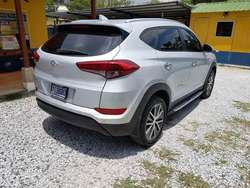 HYUNDAI TUCSON 2017 DE AGENCIA FINANCIAMIENTO DISPONIBLE