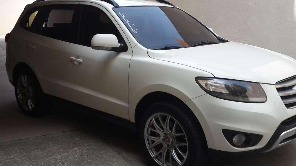 Hyundai Santa Fe 2012 - 87300 km