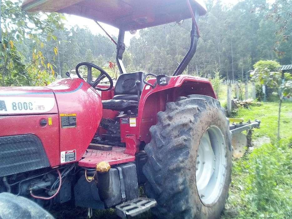 Vendo Hemoso Tractor