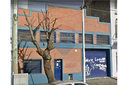 Alquiler galpón industrial en Avellaneda
