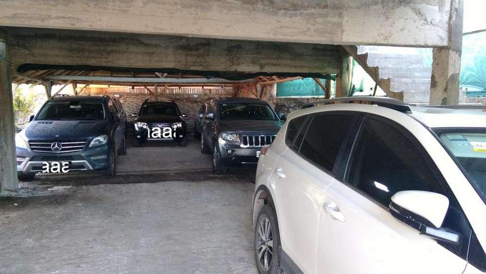 Estacionamiento en Ezeiza con Traslado y Techado