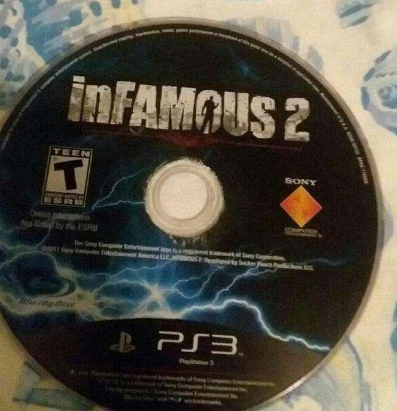 Infamous 2 Ps 3 original... No trae la caja, solo el juego Bluray