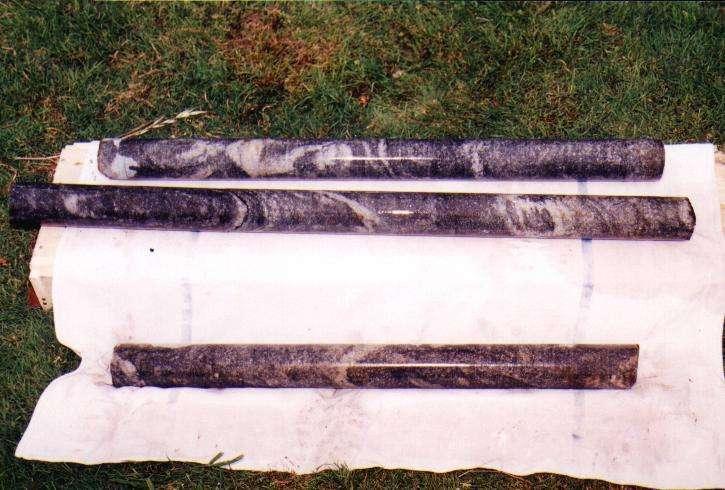 VENTA Cantera de granito Kinawa 40has