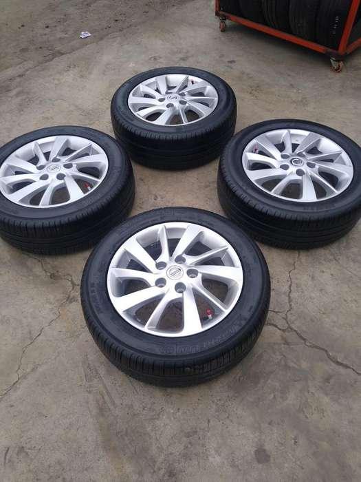 Vendo Aros 16 de Nissan con Llantas