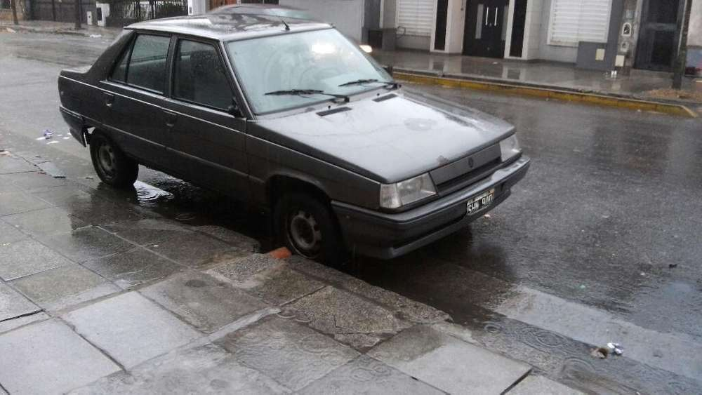 Renault R 9 1993 - 155000 km