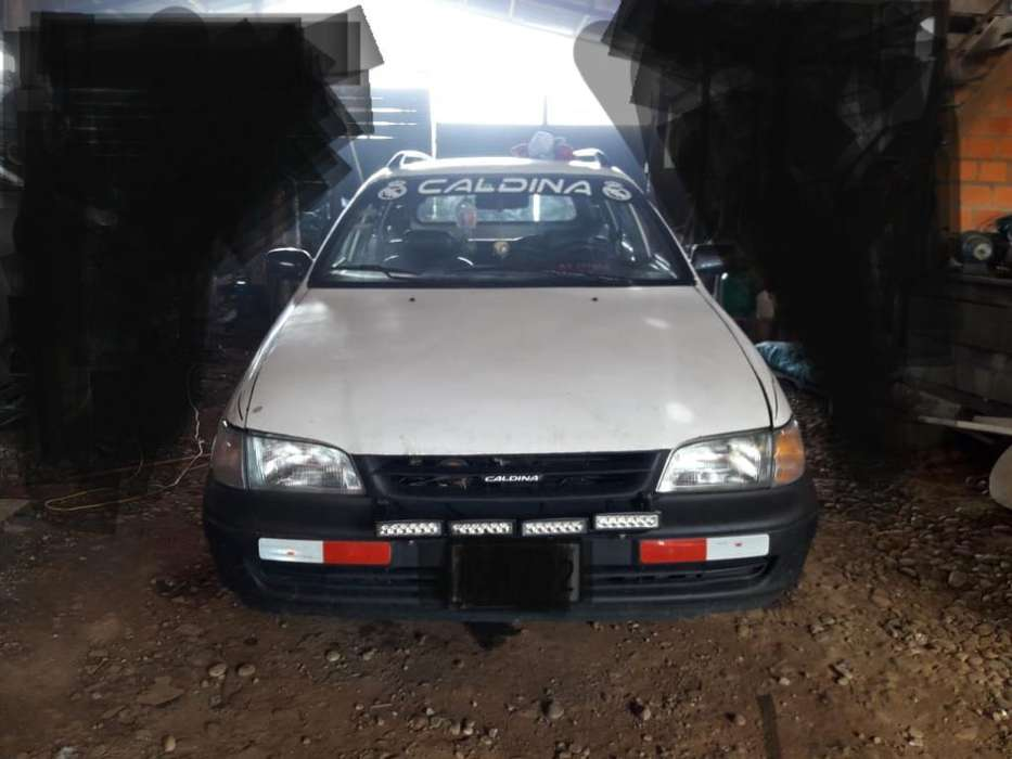Toyota Corolla 1994 - 1000 km