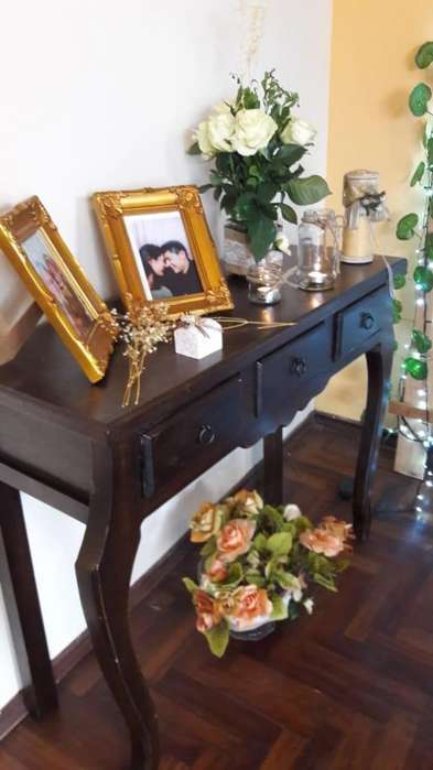 Muebles Rústicos / Consola de Tres y Dos Cajones !!!!