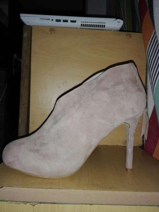Zapato de Vino Mujer Talla 8