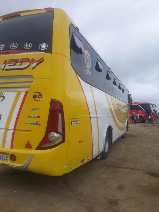 Vendo Bus Interp con Acciones Y Derechos