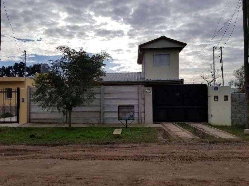 Casa en Venta, Roca Nº1059, Bº El Palenque, Marcos Paz, Cod.2293