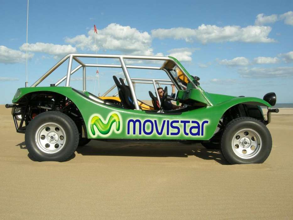 Buggy clasico 5 plazas, motor R11 1,4 lts.