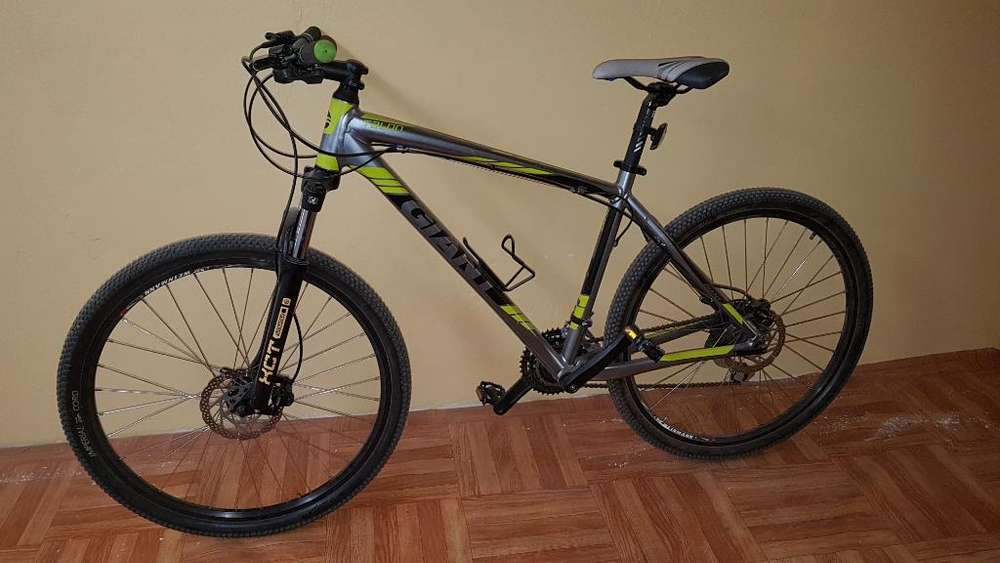 Vendo Bicicleta Giant Talon 4