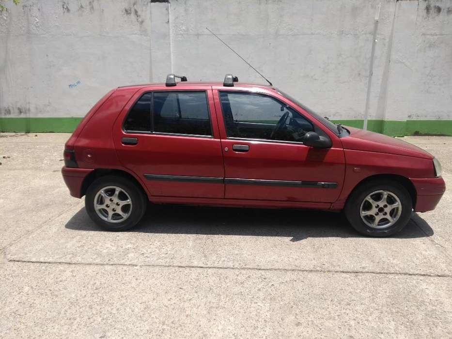 <strong>renault</strong> Clio  1998 - 220000 km