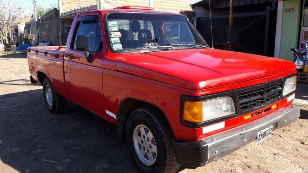 Chevrolet D-20 1995 - 260000 km