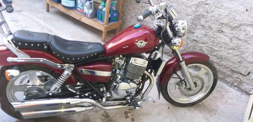 Moto Mondial Hd250a 250 Cc Casi Nueva