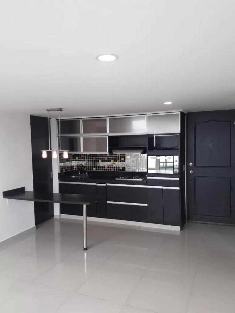 Apartamento en Venta Calasanz Medellin, Laureles. Al alcance de todo...