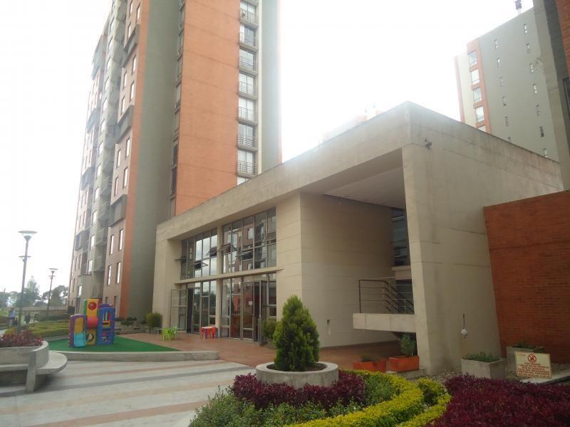 Apartamento En Arriendo En Bogota La Felicidad Cod. ABAAV2022