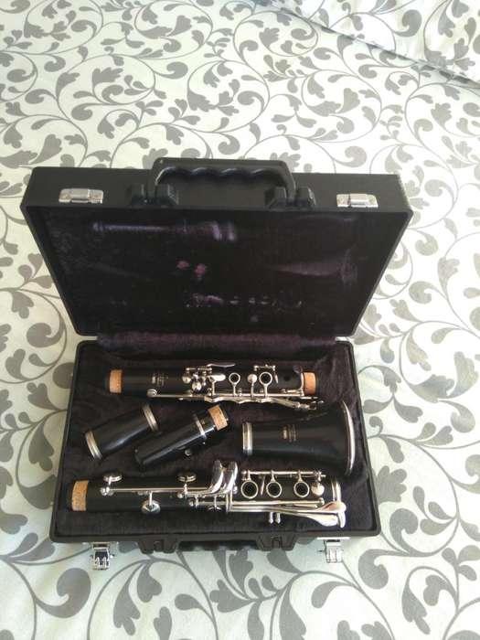 Clarinete Yamaha YCL-450 Bb