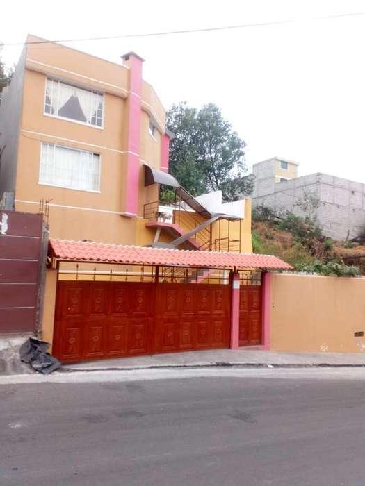 Venta Casa, Puente 3, Valle de Los Chillos, Quito