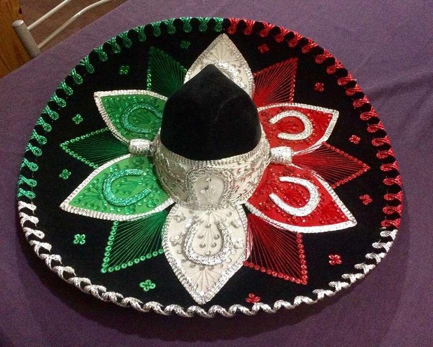 Sombrero Mexicano (Hecho en México) precioso, en perfecto estado. 700.-