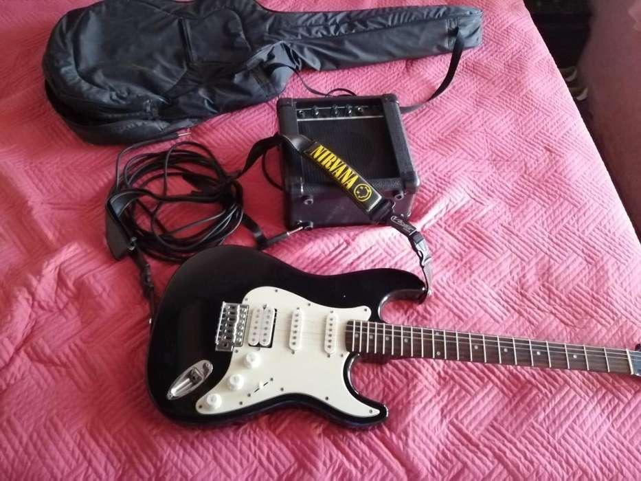 Guitarra con Estuche Amplificador Y Cabl
